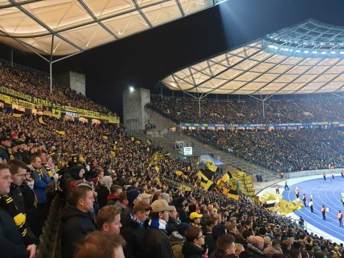 hertha berlin - borussia dortmund: Dortmund fans