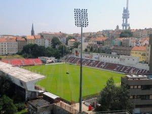 Fodbold Prag: FK Victoria Zizkov Stadion